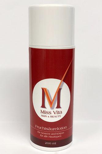 Die Miss-Vita Fruchtsäurelotion 10% wirkt hautklärend und gleichzeitig abschilfernd und ist so besonders zur langfristigen Akne-Behandlung geeignet.