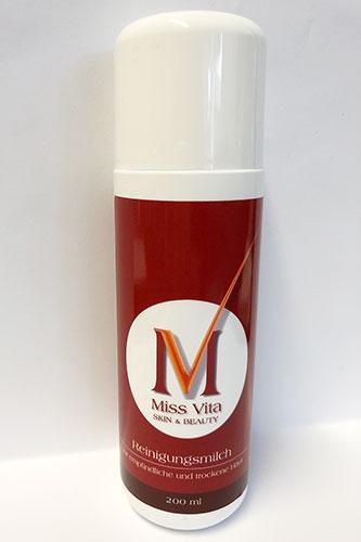 Die Miss-Vita Reinigungsmilch reinigt trockene und empfindliche Haut schonend mit kühlendem, erfrischendem Effekt und verhindert Irritationen.